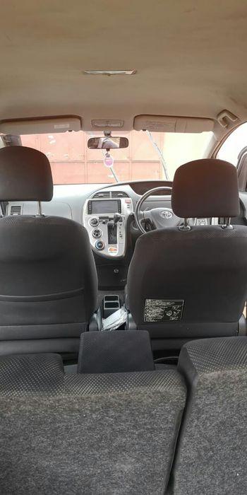 Toyota Ractis 1.5 Alto-Maé - imagem 2