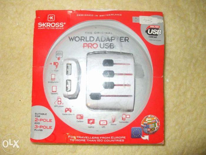 Adaptor universal 3P + USB