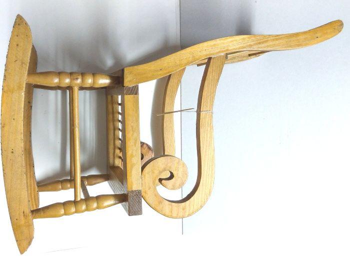 Vand set de 2 scaunele pentru decor vitrina