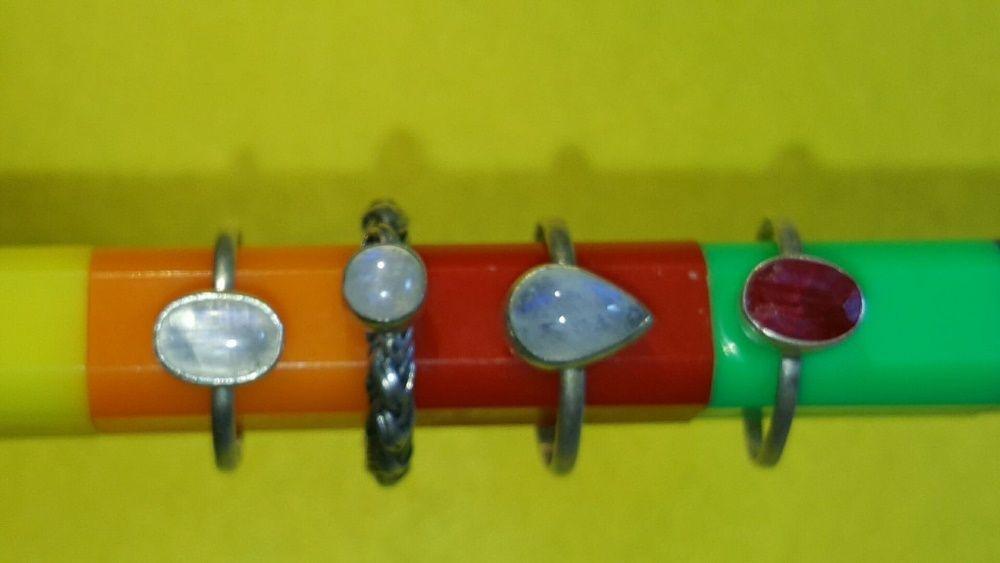 3 inele din argint cu pietre naturale 1,7 cm diametrul