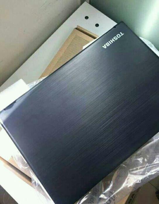 Computador Toshiba disponível