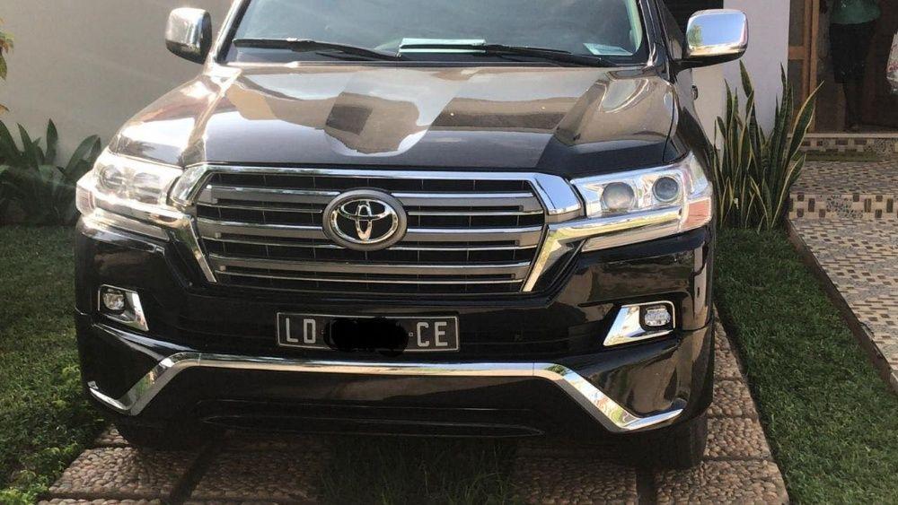 Vendo esse lindo Toyota Land Cruiser VxR V8