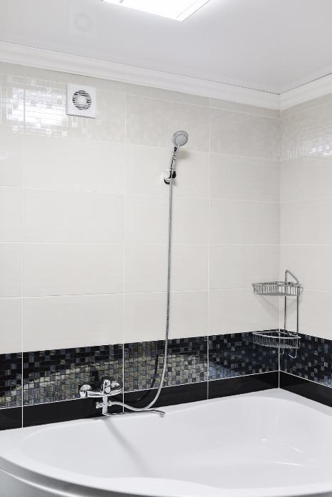Новая ВИП 3-х комн. СУПЕР ремонт, огромная ванна. Алиханова 38/2. Караганда - изображение 11