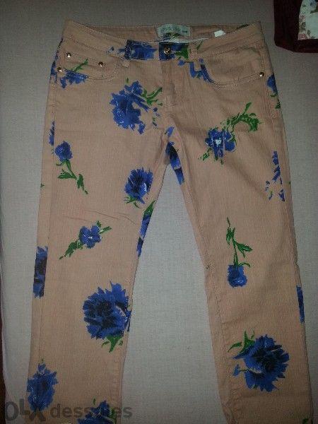 Панталон на цветя