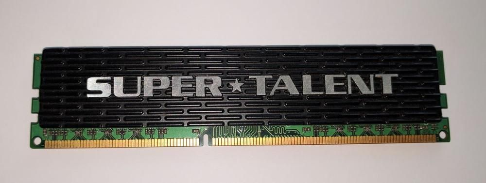 Memorie 2GB DDR3 1333 MHz CL8 PC 10600 radiator PC desktop SupeTalent