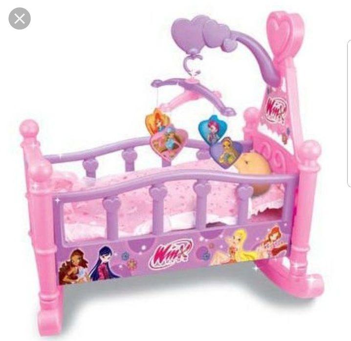 Кроватка-колыбелька для кукол Winx + комплект постельного белья
