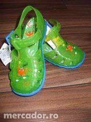 Sandalute NEXT nr.24 cauciucate( noi )-40 lei