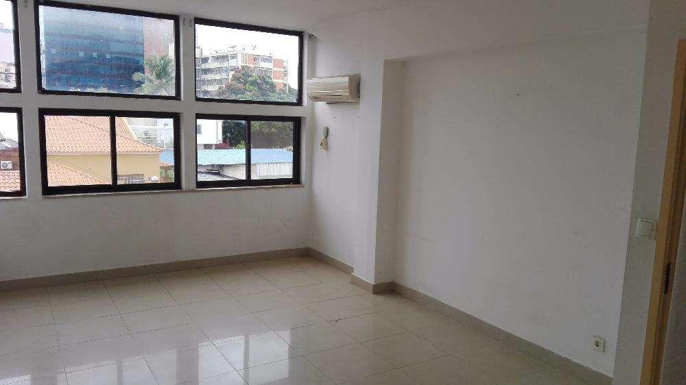 Arrendo Apartamento T2, 2suites. 2 andar. kinaxexe