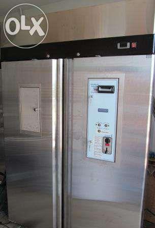 Dozatoare automate pentru 2 sortimente de lapte