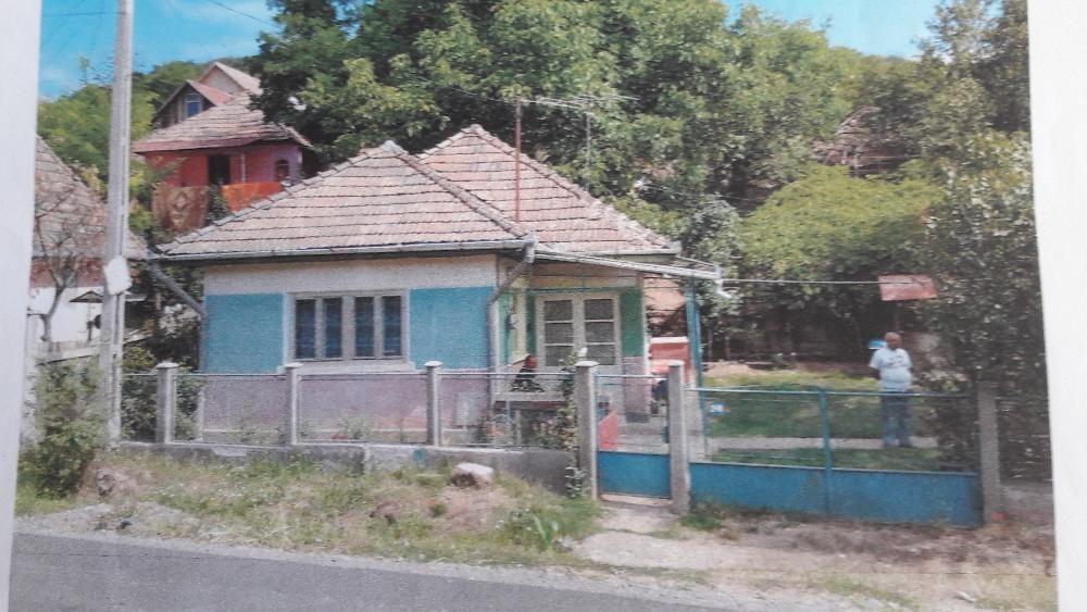 Casa de vanzare in tg mures str REMETEA Nr 246