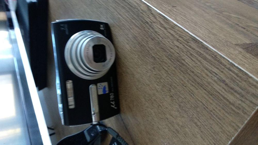 Camera foto Olympus u780 Waterproof + Card Olympus si husa incluse