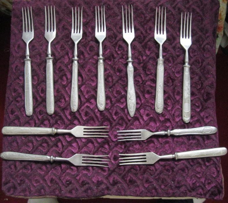 Столовые приборы: ложки, вилки, ножи (СССР, 50-е годы)