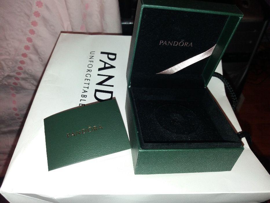 Cutie Pandora originala noua