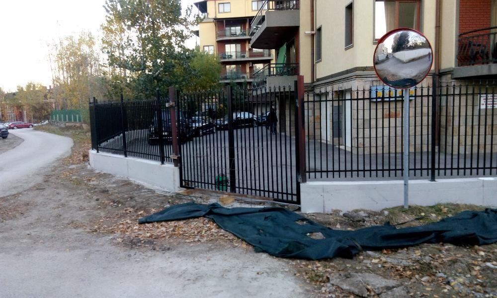 изграждане на огради,гаражи и вертикални планировки