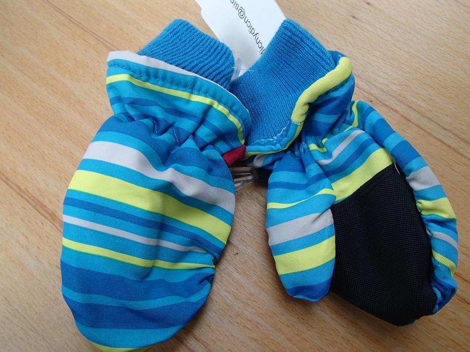 Продавам детски топли водоустойчиви ръкавички с един пръст glove