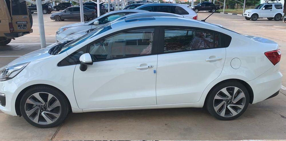 Kia Rio Sedan Full Full start é couro zero 0