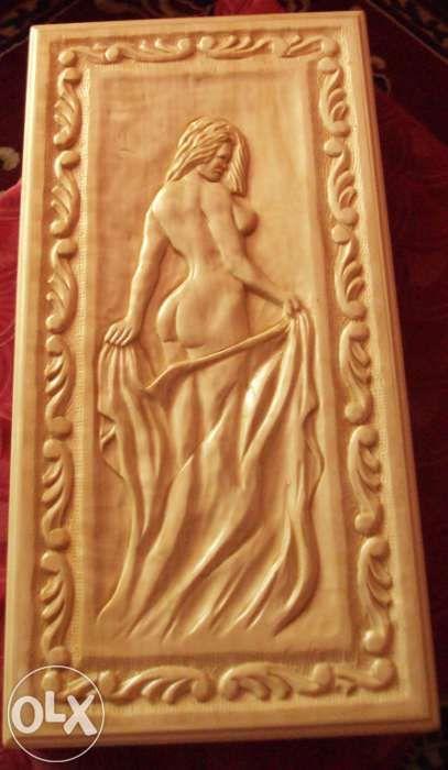 cutie de table sculptata manual unicat lemn masiv de tei