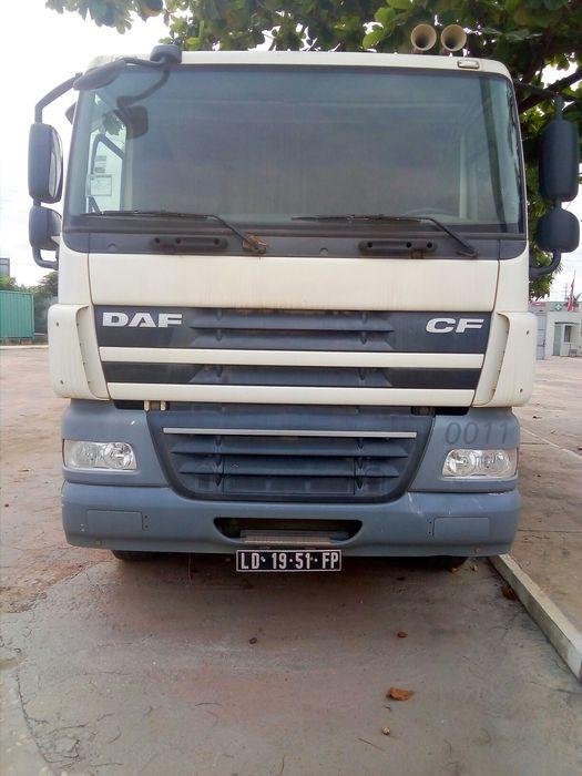 DAF CF automatico/ manual quase novo c/ 70 KM c/ siterna 35 mil litro