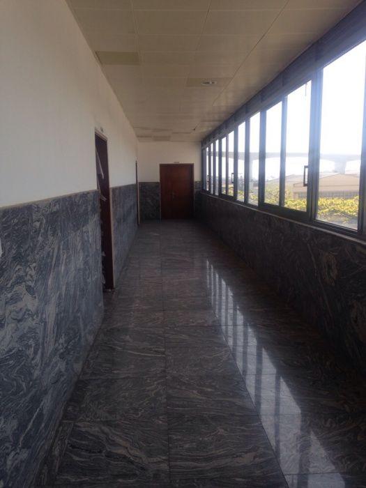Arrenda se escritório numa área de 275.20m2 na Baixa Av. 25 de Setembr Bairro Central - imagem 8