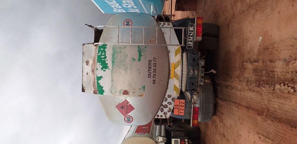 Renault cisterna gasoleo Viana - imagem 2