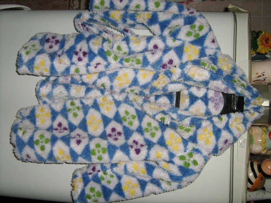 махровый детский халат на 3-5 лет с капюшоном