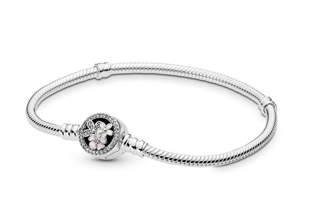 Bratara Pandora Moments din argint, inchizatoare cu flori poetice