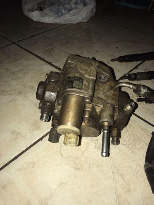 Bomba injectora Hilux D4D aceito diferenças