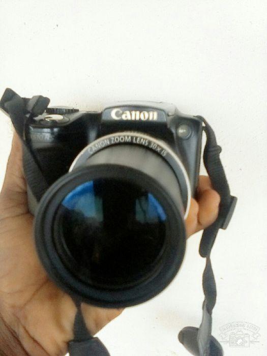 Câmera Canon em boas condicoes