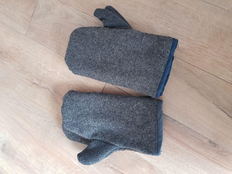 Топлоустойчиви работни ръкавици