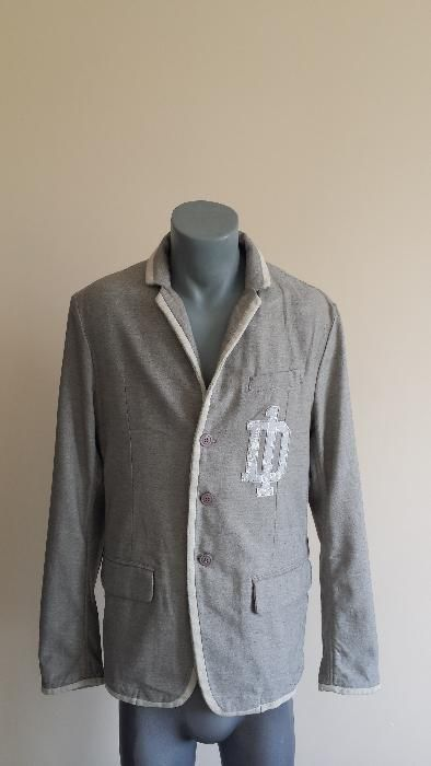 Diesel Made in Italy Size M Novo!