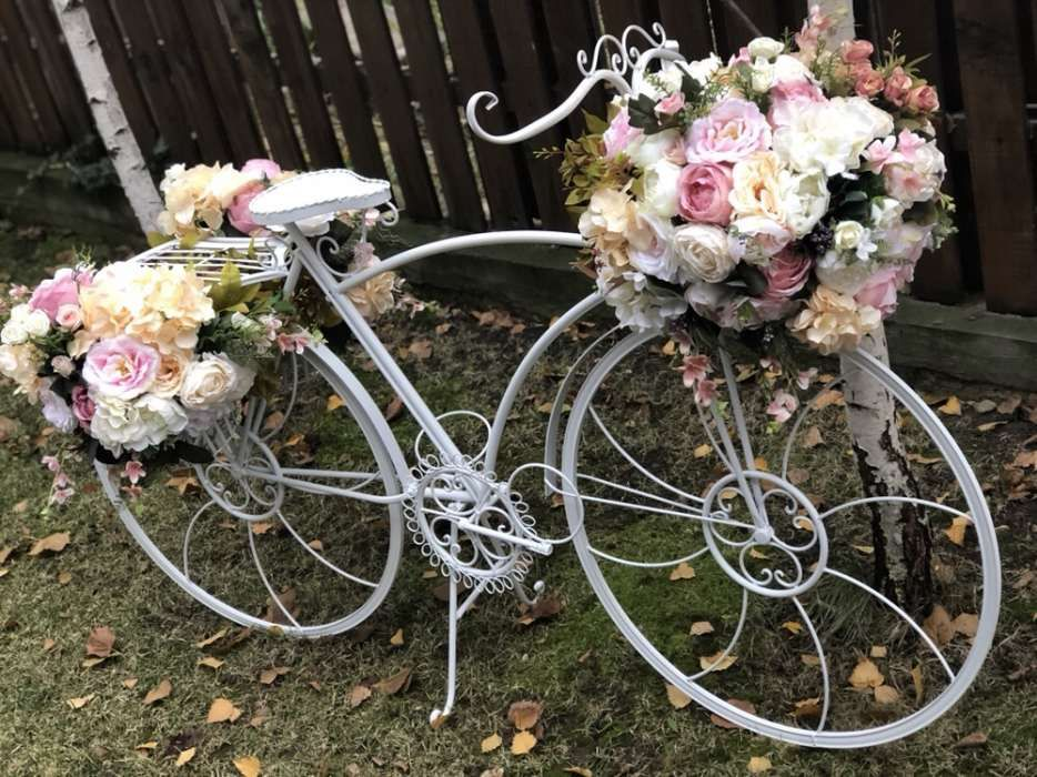 Bicicleta alba metal decorativa marime naturala