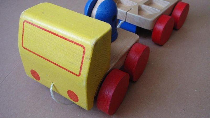 Детски играчки - дървени, Сфера и Кубче на Рубик и други