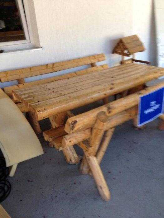 masa cu banci din lemn masiv