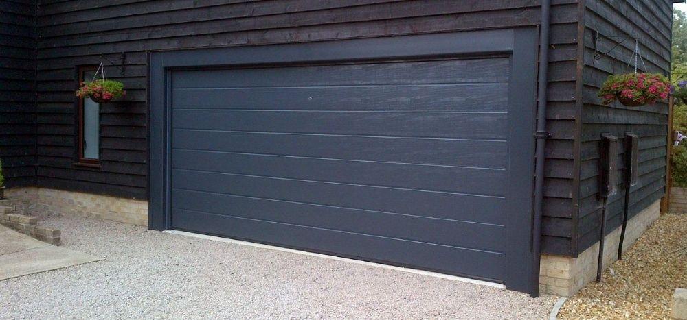 Usa de garaj sectionala 2500L/1800H ANTRACIT, pret de la 399 euro