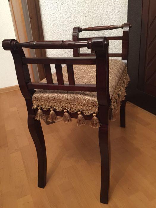 Scaun lemn stil restaurat