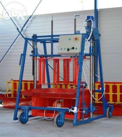 Presa/ Masina mobila boltari beton- SMART PME 5B200