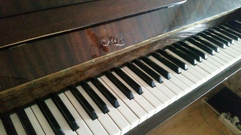 """Пиано """"Заря"""""""