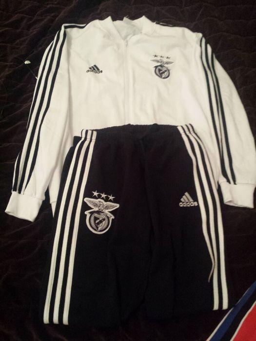 Fato desportivo do Benfica , marca Adidas Masculino