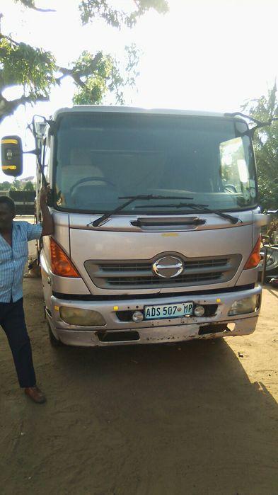 Vendo Camiao Toyota Hino Ranger 8 toneladas