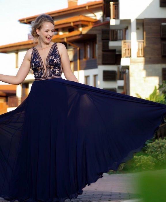 Спешно ! Чисто нова дизайнерска рокля за бал или кума