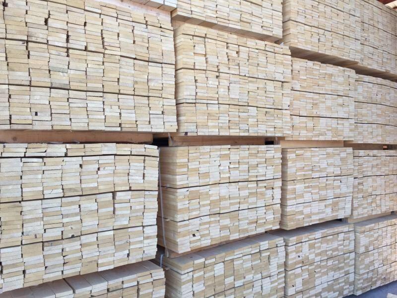 cherestea scândura lemn construcții si rumeguș