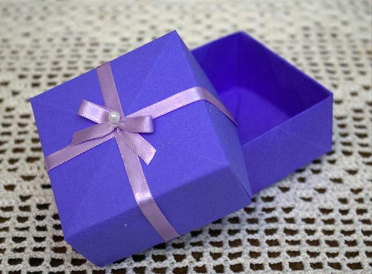 Vendo caixas de presentes