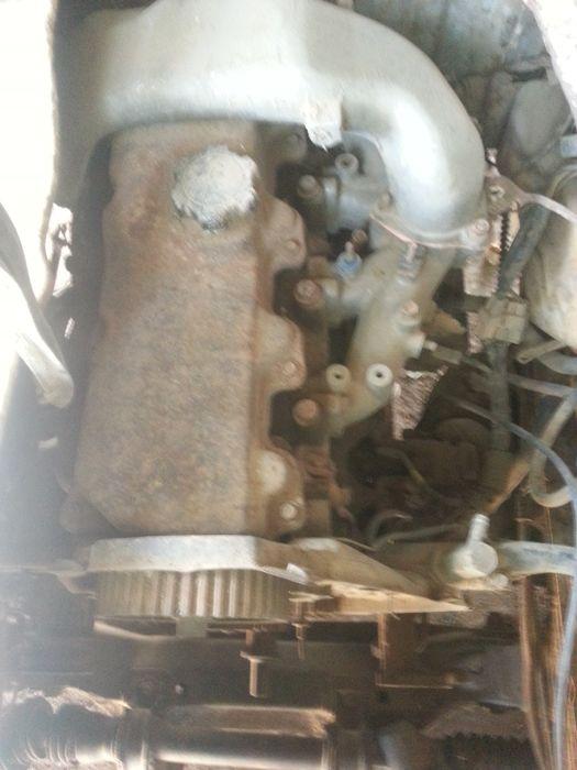 MOTOR 2L com CAIXA para Hiace ou Hilux