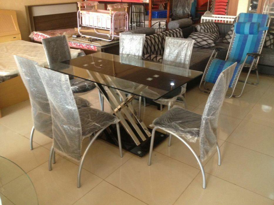 Mesa de jantar com 6 cadeira produto novo com directo entrega e montag