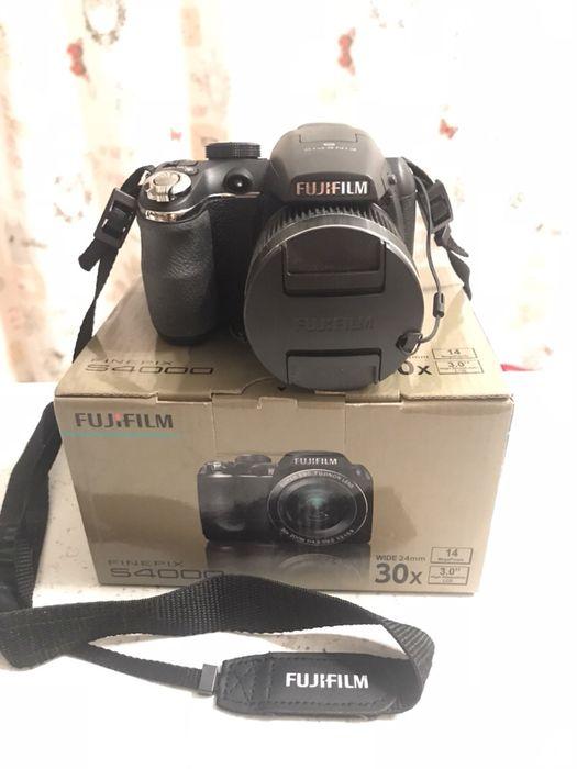 Camera foto Fuji S4000 14mpx zoom 30x