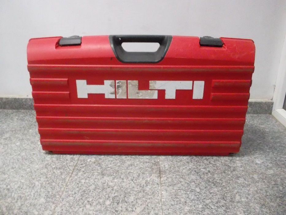 Valiza pentru masina de carotat HILTI DD 150 U, impecabila, ca noua.