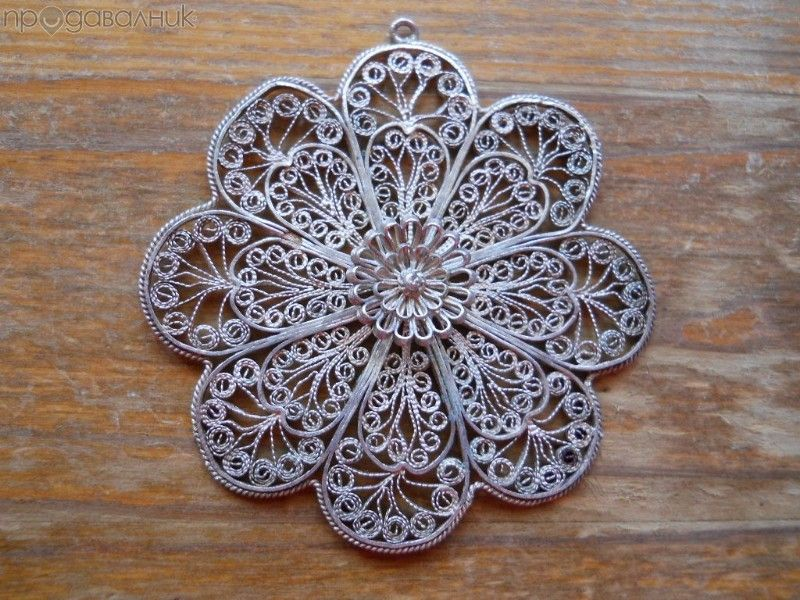 старинен сребърен медальон - филигран