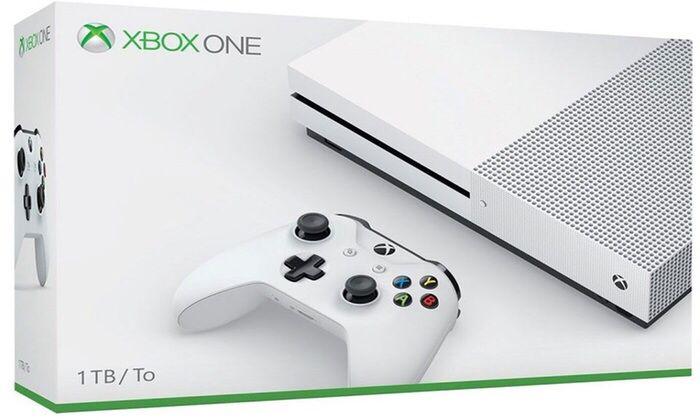 Xbox one s 1TB + 1 joystick novo na caixa selado