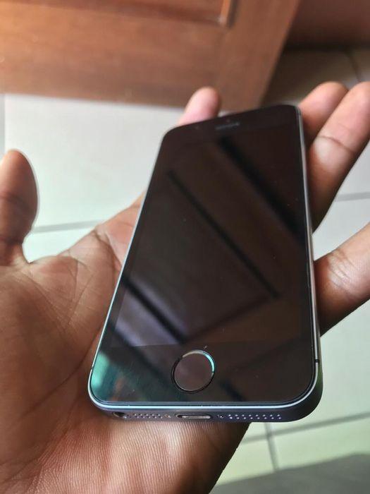 iPhone 5S Super Clean