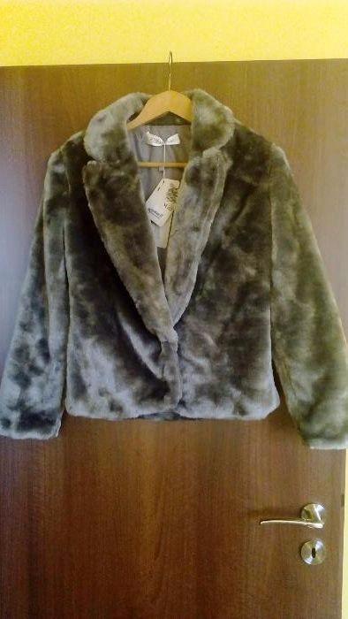 Ново! Дамско късо палто от еко кожа с косъм